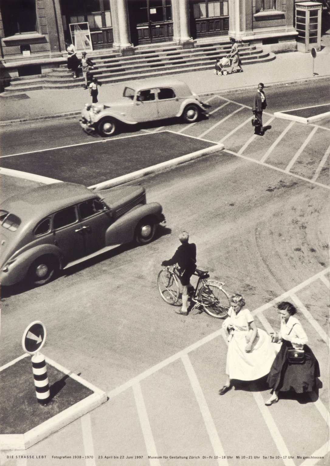 Die Strass Lebt: Fotografien 1938-1970